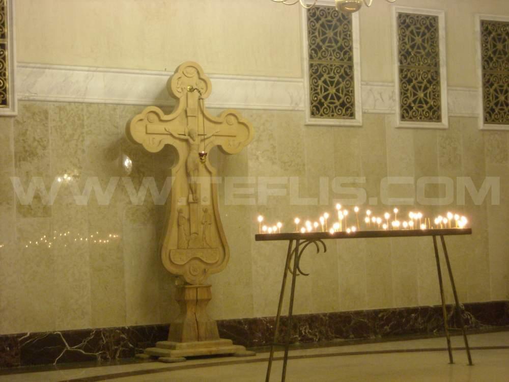 نمایی از طبقه زیرین کلیسای سامبا