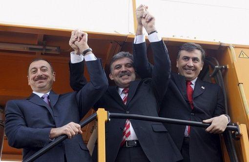 روسای جمهور گرجستان، ترکیه و جمهوری آذربایجان (از راست)
