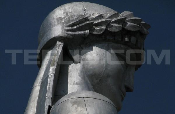 مجسمه مادر گرجستان (کارتلیس دِدا)