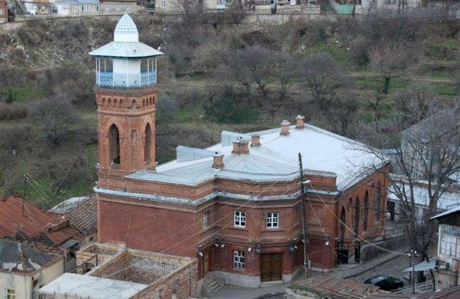 مسجد دو محراب، تفلیس، گرجستان