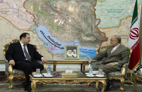 علی اکبر صالحی (راست) - گیورگی جانجگاوا (چپ)