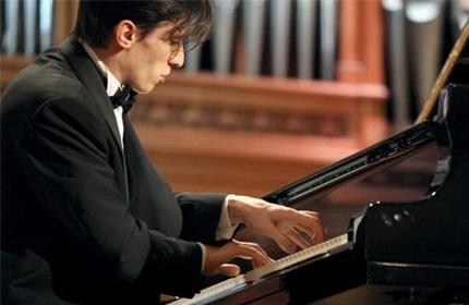 تفلیس میزبان پنجمین دوره مسابقات بین المللی پیانو نوازی
