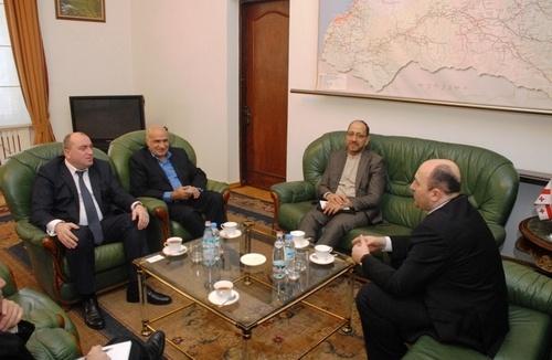 دیدار سفیر ایران در گرجستان با مقامات دولت خودمختار آجارا