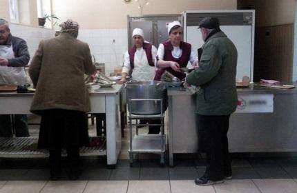 سرو غذای رایگان برای افراد آسیب پذیر اجتماعی، گرجستان