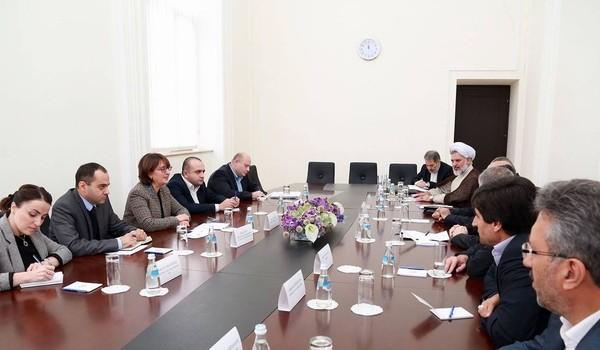 دیدار هیات پارلمانی ایران با وزرای خارجه و اقتصاد گرجستان