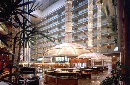 هتل پنج ستاره شرایتون در تفلیس، گرجستان