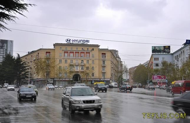 منطقه واکه تفلیس (تقاطع خیابان های ایلیا چاوچاوادزه و تاماراشویلی)