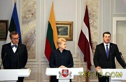 کنفرانس مطبوعاتی روسای جمهور استونی، لیتوانی و لتونی
