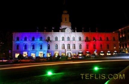 گرجستان همدرد با مردم فرانسه
