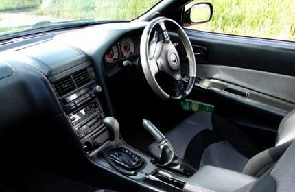 ممنوعیت شماره گذاری خودروهای راست فرمان در گرجستان