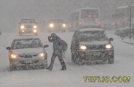 برف سنگین و طوفان در راه گرجستان