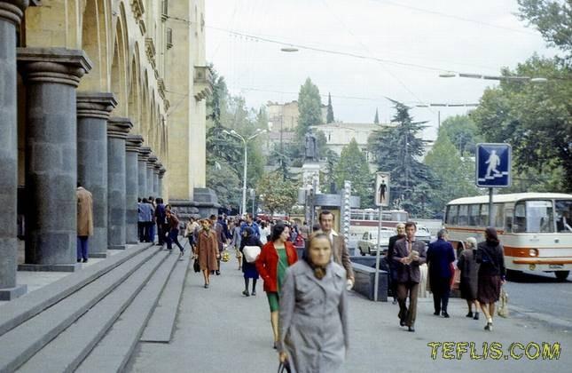 خیابان گولوین، روستاولی فعلی، 1977 میلادی