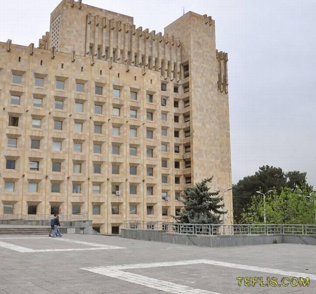 ساختمان سابق کمیته مرکزی حزب کمونیست