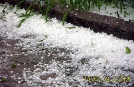 بارش تگرگ در منطقه دوشِتی گرجستان