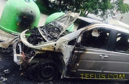 به آتش کشیده شدن خودروهای دیپلماتیک گرجستان و فرانسه در برلین